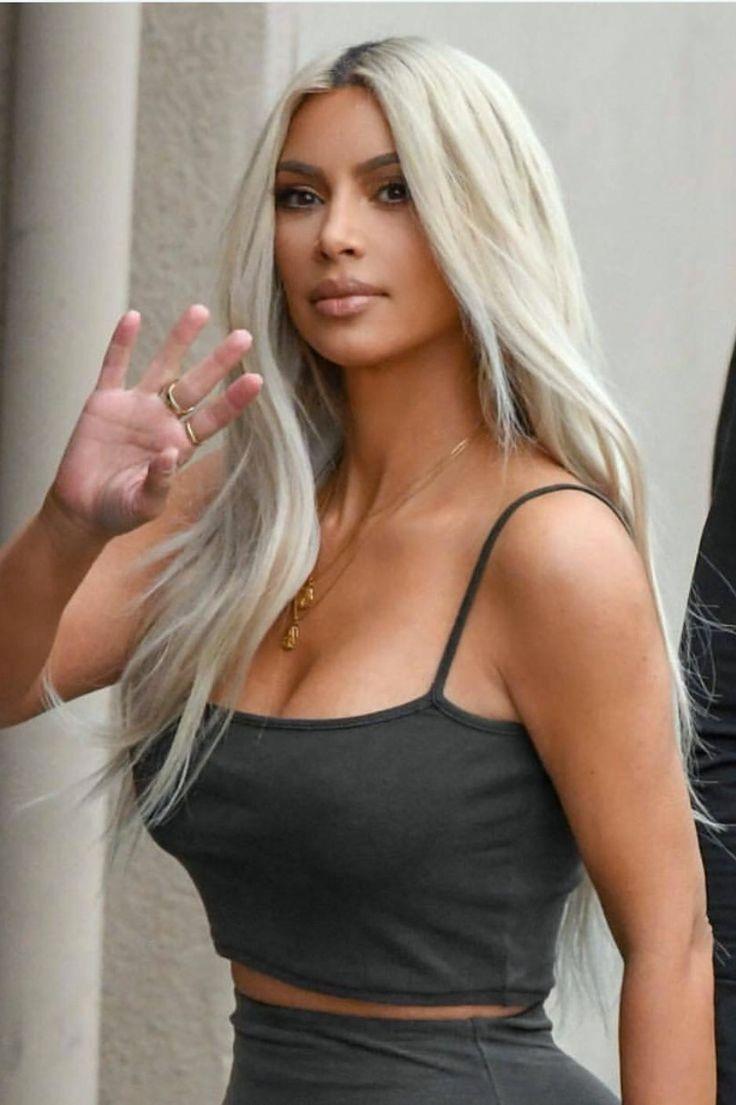 Pinterest: DEBORAHPRAHA ♥️ Kim kardashian long platinum blonde hair #color #ideas #hairsyles