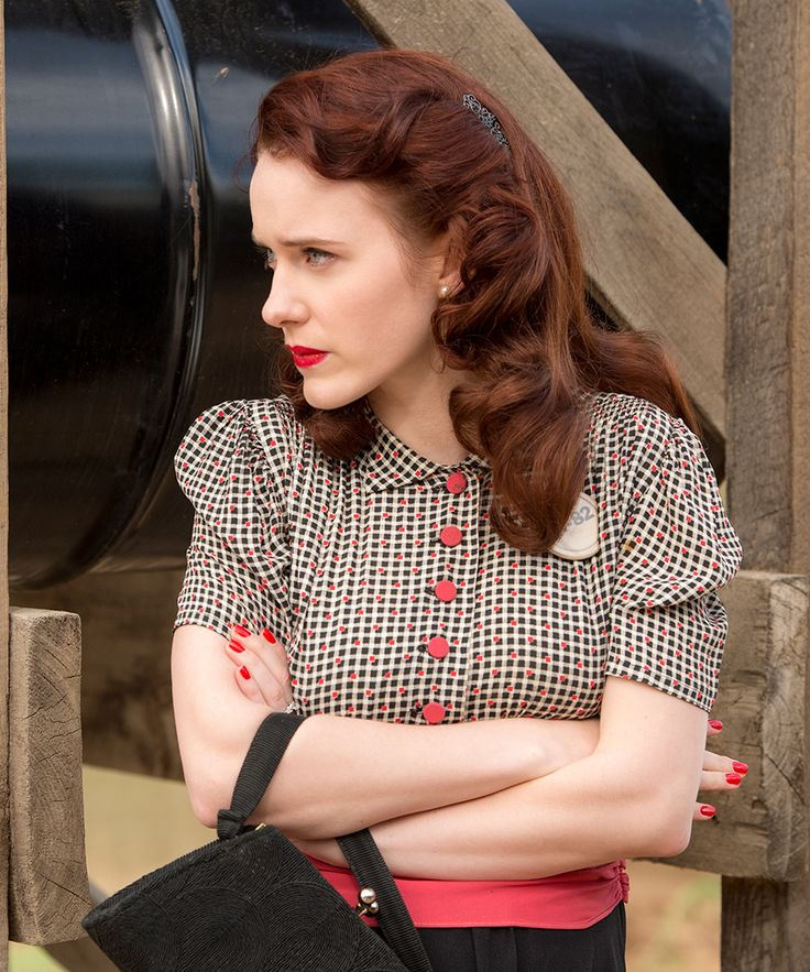 """Rachel Brosnahan is blowing up. The Emmy nominee plays a 1940s housewife living in Los Alamos on """"Manhattan."""""""