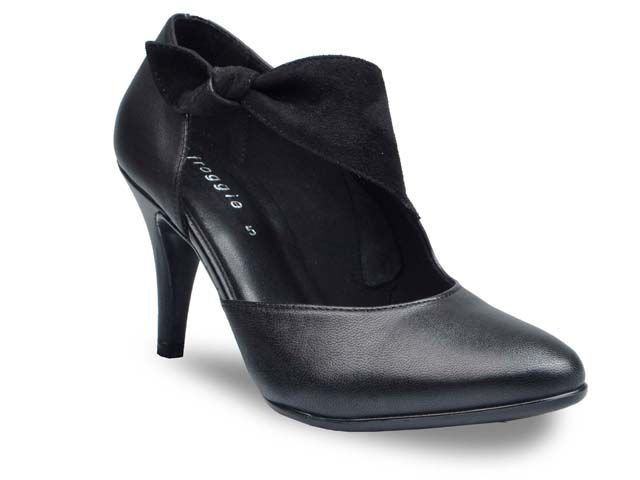 Black Cut Away Heeled Court with Bow by Froggie Shoes
