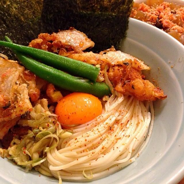 家系風。 - 27件のもぐもぐ - かき揚げ卵ぶっかけ冷麦と鮭大根めし by cootii