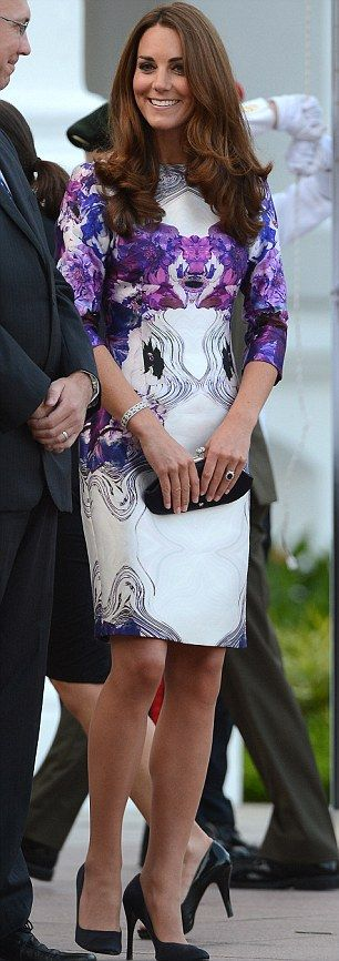 The Duchess of Cambridge    Where: The Istana, the official residence of the President of the Republic of Singapore  Dress: Prabal Gurung