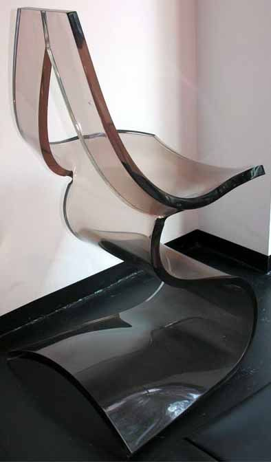 Chaise 39 sculpture 39 lucite fum e michel dumas 1971 ann es vint - Chaise plexiglass transparente ...