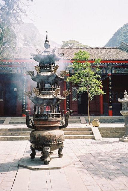 Yuquan Yuan (Jade Spring Temple), one of the main Taoist temples in China, located at the foot of Mt. Huashan. (globetrottingmatt on Flickr)