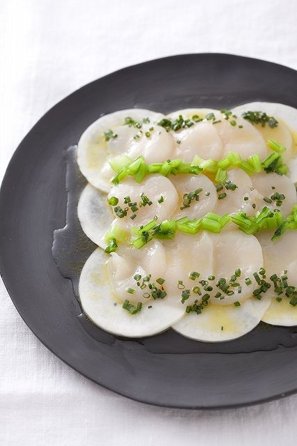 カブとホタテのカルパッチョ(レシピ/チャオベラ・島田シェフ) - デコポン 季節のレシピ