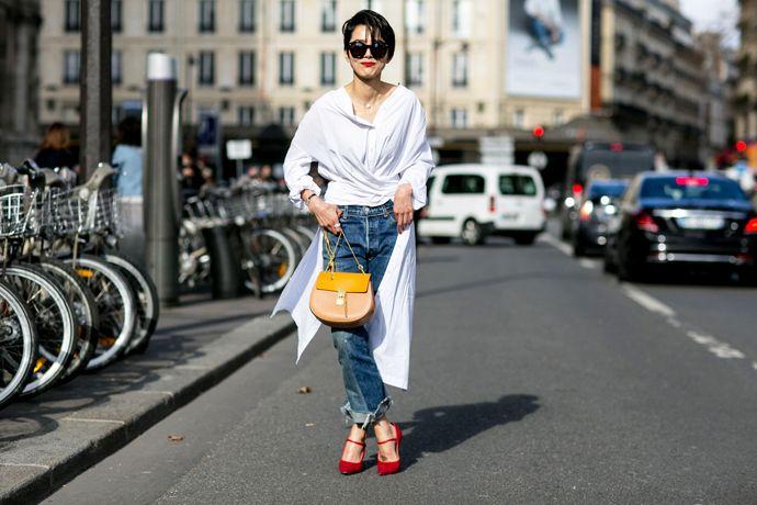 Street style тренд: белые рубашки