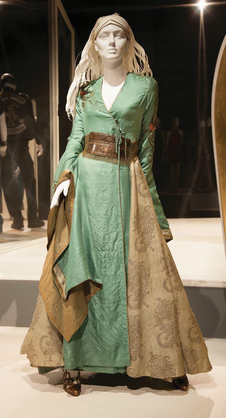 Game of Thrones Cersei green bird dress