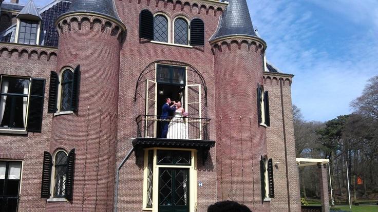 (Neef) Bas en Nathalie de Jong, getrouwd in het kasteel van de Keukenhof ❤