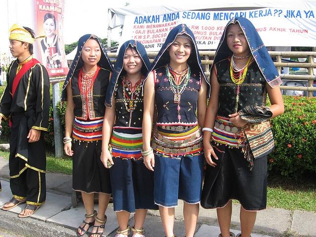 Tambunan traditional Costume (Sabah, Malaysia)