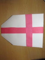 Make this shield craft in honor of St. George's Day.