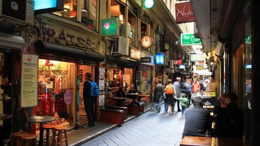 Cozy cafés and cute little shops are characteristic of the beautiful city of Melbourne, Australia. #studentlife #Oceania #city #shopping #KILROY