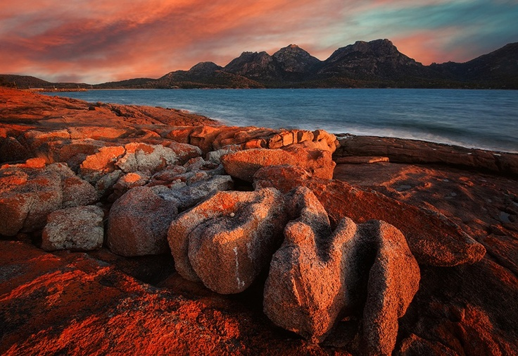 Coles Bay. Tasmania, Australia