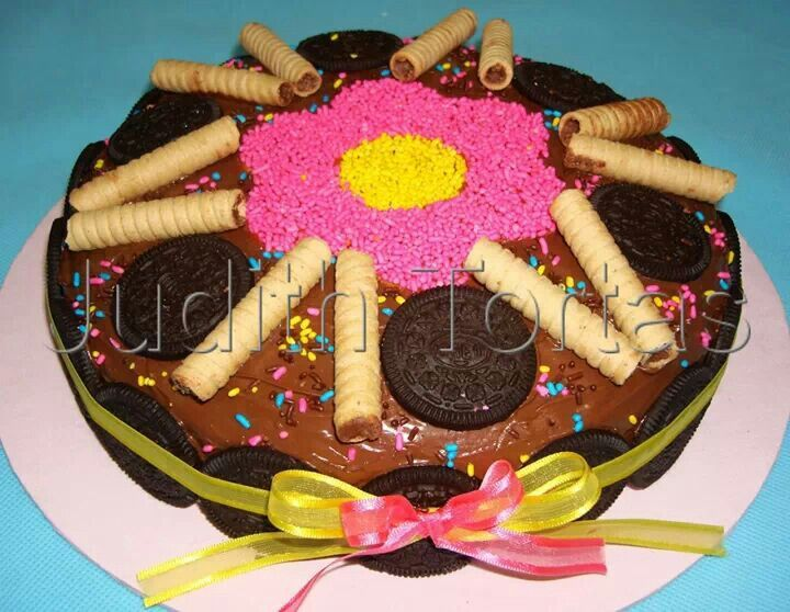 17 Best images about Tortas/cakes con golosinas on Pinterest ...