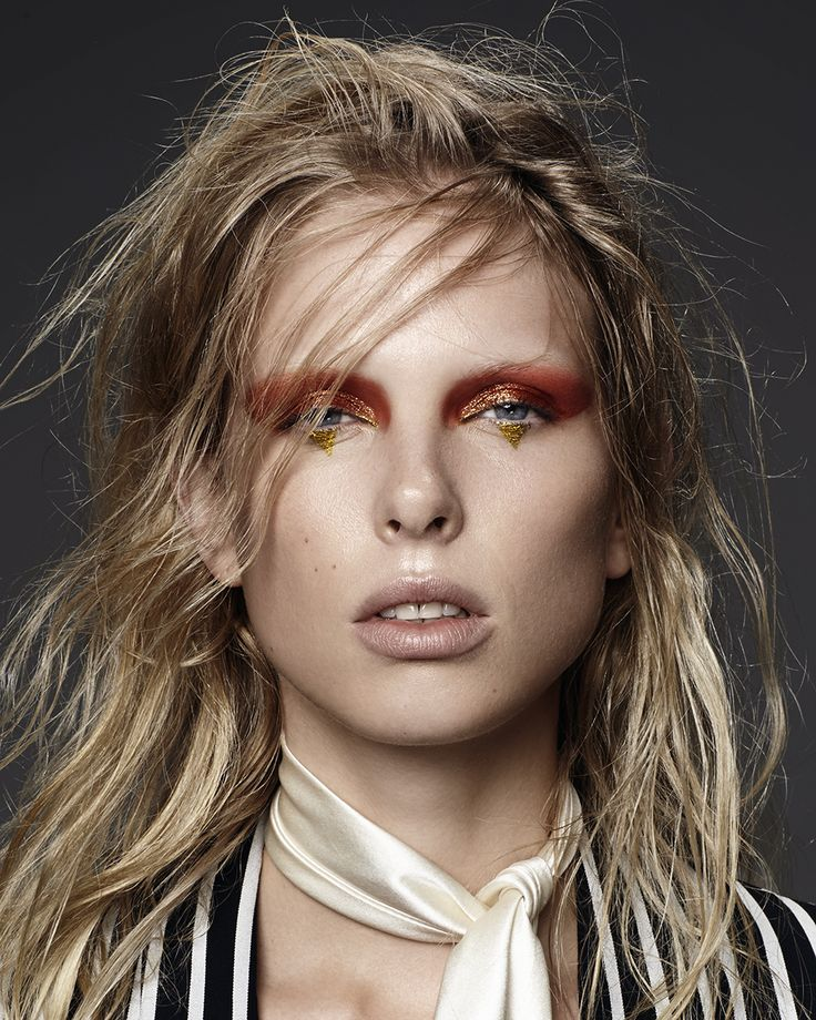 Glam Rocks: Lina Berg By Hannah Khymych For Models.Com! / Graphic #eyeliner
