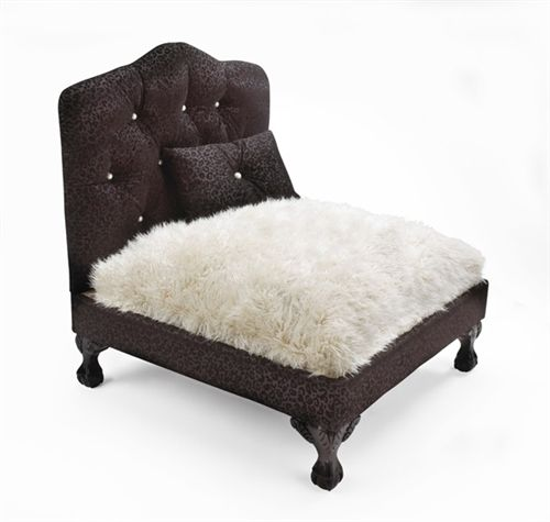 The Dauphine Pet Bed www.thepetboutique.com