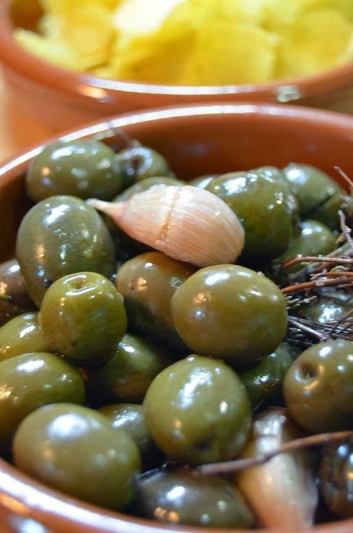 Cocinando entre Olivos: Cómo aliñar aceitunas. Paso a paso.