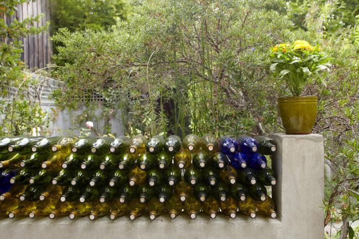 1000 ideas about wine bottle fence on pinterest wine for Bottle fence