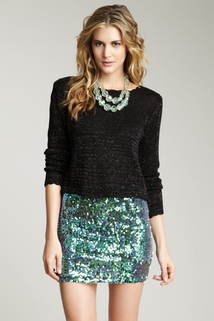 Green Sequined Skirt fits the dress code !