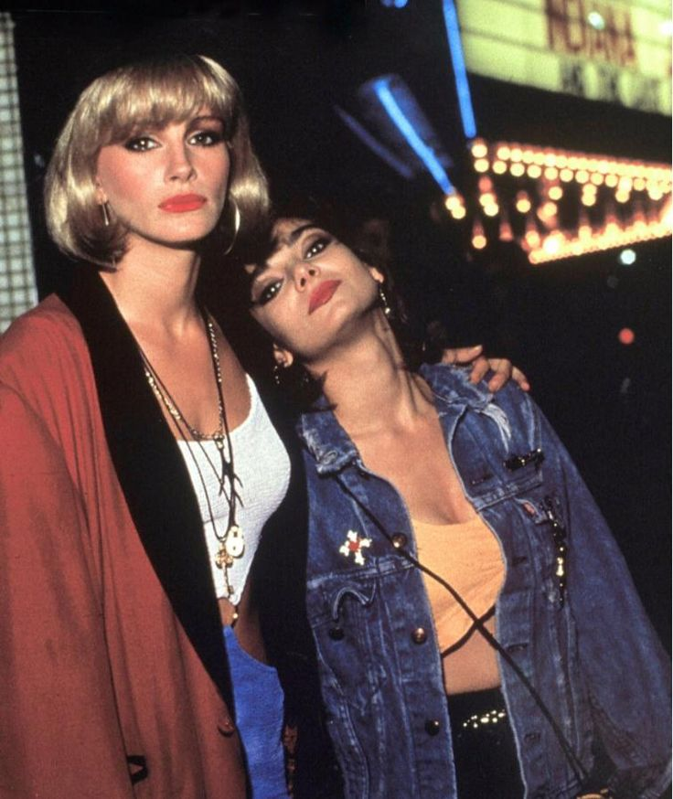 Julia Roberts und Laura San Giacomo in Pretty Woman