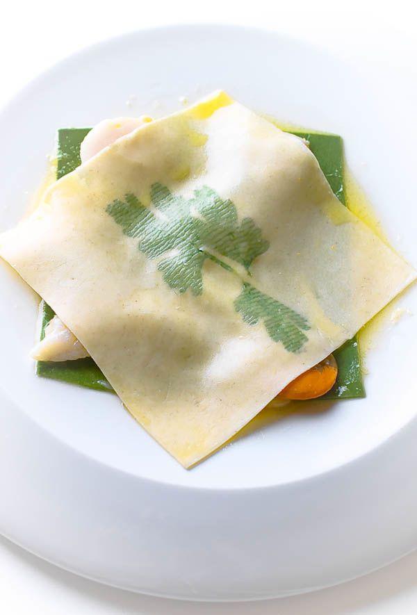 Cappesante pulite 600 gr Sogliola filetti, di 2 pesci Burro, 120 gr Pasta fresca all'uovo 100 gr Pasta fresca verde all'uovo 100 gr Prezzemo...
