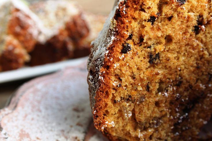 Κέικ ολικής αλέσεως με σοκολάτα πορτοκάλι και καρύδια