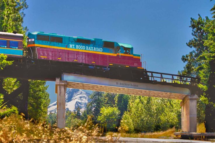 These wonderful train rides in Oregon will take you on an unforgettable adventure.