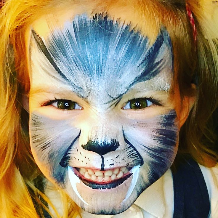 Wolf face paint - cool
