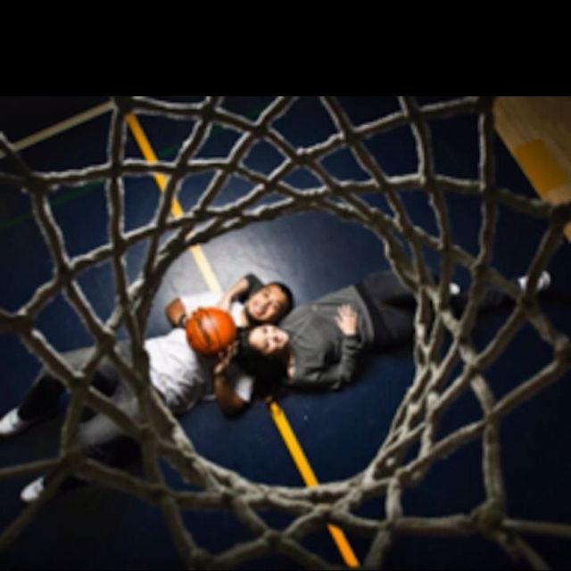 Too cute for the basketball couple... Makes me start thinking of ideas for a NASCAR couple..... Like my future maybe ;)