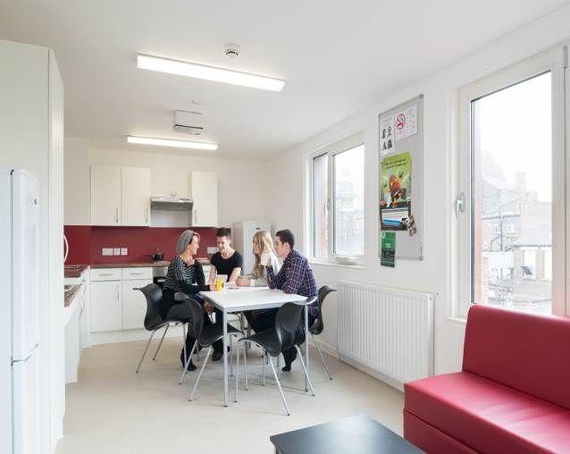 Kitchen in Daniel Defoe #GreenwichCampus #UniofGreenwich #Accommodation