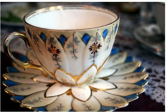 Lotus Cup.. OMG.. I want this!: Vintage Teacups, Lotus Cups, Teas Time, Teas Cups, Teas Pots, High Teas, Teas Sets, Tea Cups, Teas Parties