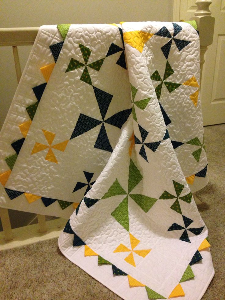 Windy Days quilt with prairie point border using Best. Day. Ever! Fabric.