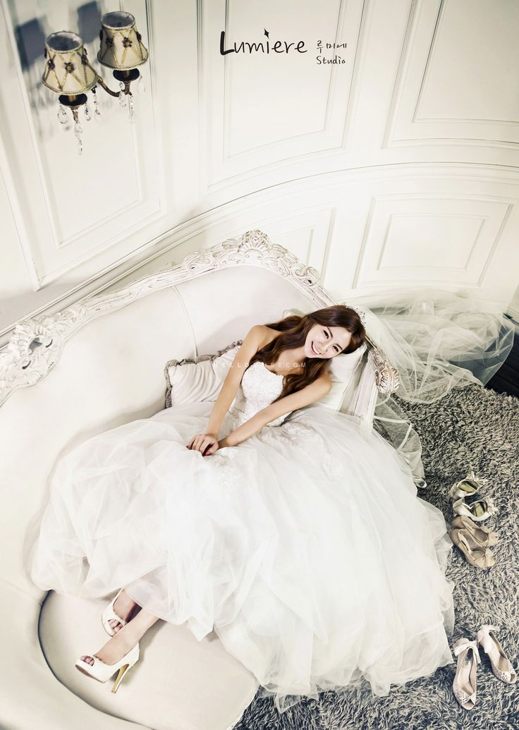 She is stunning on her white wedding gown in Korea