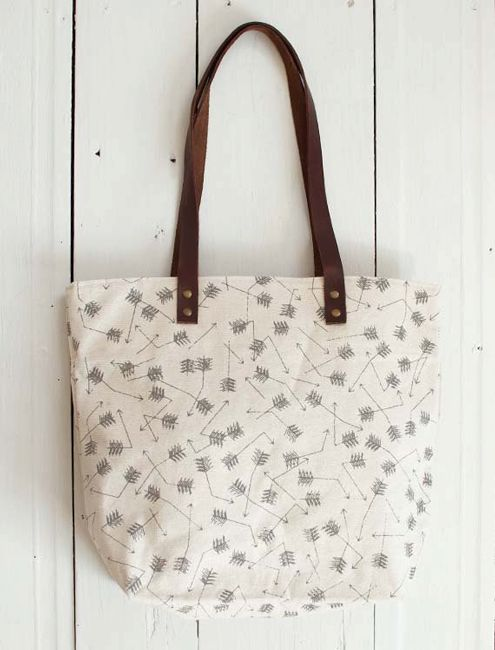 Broken Arrows Tote