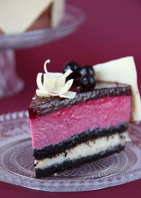 """Торт """"Niсole"""" с черной смородиной"""