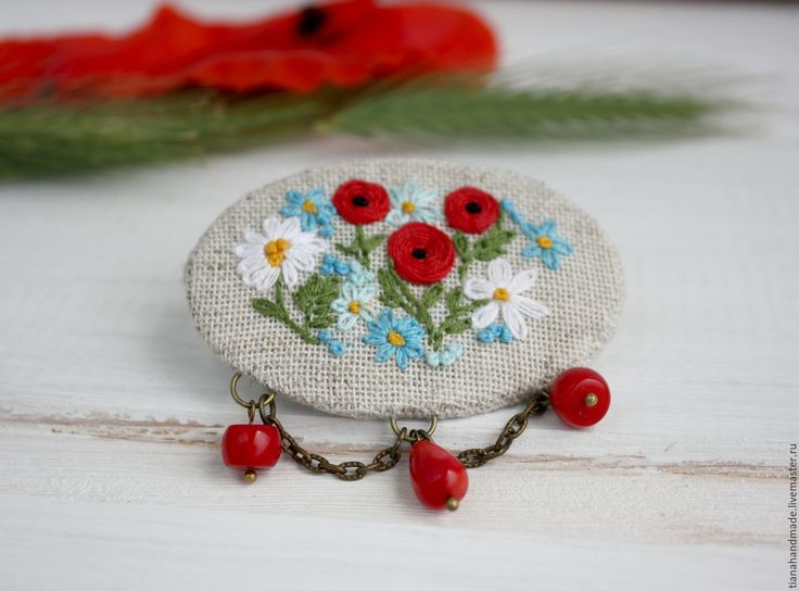 Купить Вышитая брошь Цветочная поляна маки незабудки ромашки льняная брошка - льняные украшения