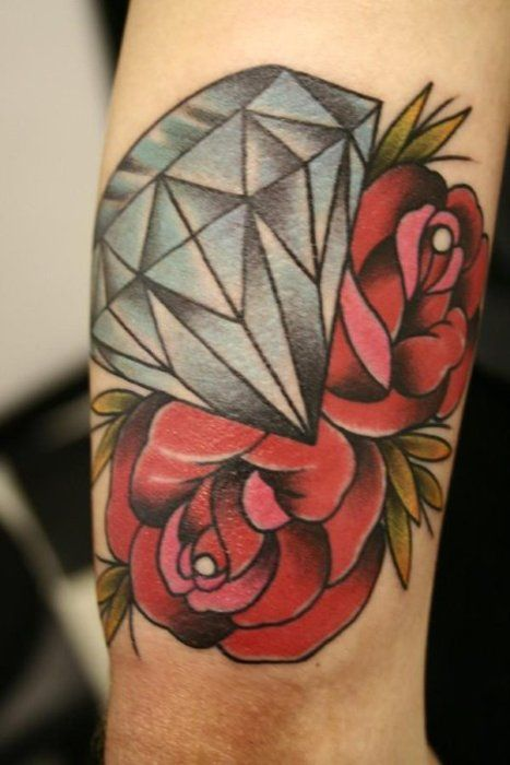 Modify to diamond in middle with a rosebud coming off. Representing my wife mom and lost baby.: Tattoo Ideas, Art Tattoo, Feet Tattoo, Thighs Tattoo, Diamonds Rose Tattoo, Traditional Tattoo, Rose Diamonds Tattoo, Tattoo Diamonds, Inspiration Tattoo