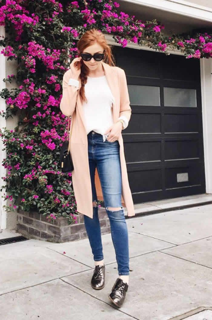 A Duster Jacket, a White Shirt, Skinny Jeans, and Oxfords Petite Woman Should Try