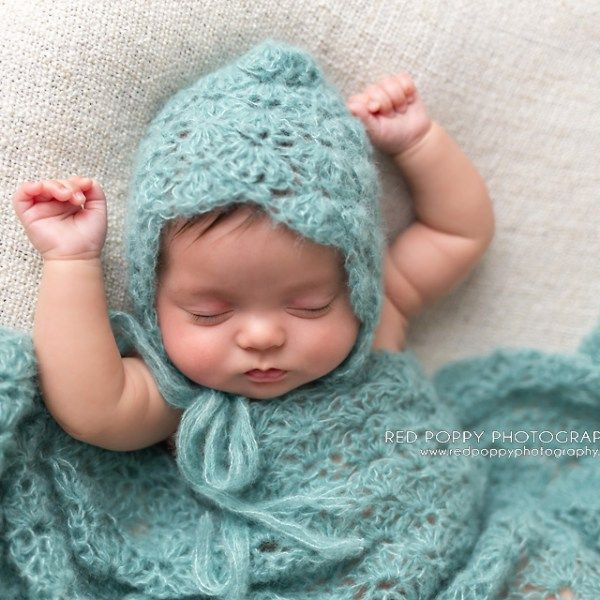 Newborn Crochet Baby Lace Shell Bonnet Hat and Wrap Photography Prop Pattern by AMKCrochet.com