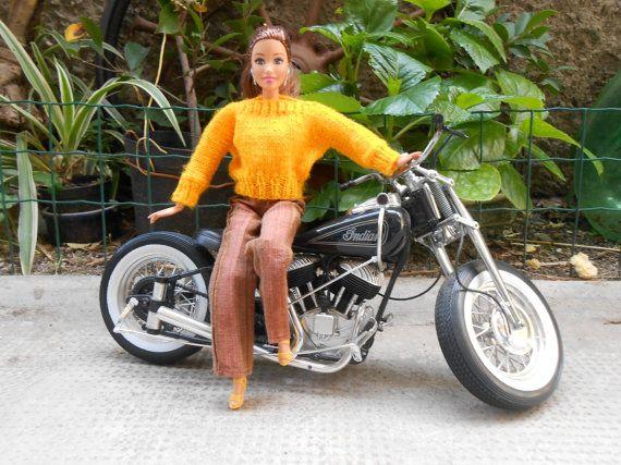 Abiti fatti a mano per Barbiemaglione giallo di lepropostedimari