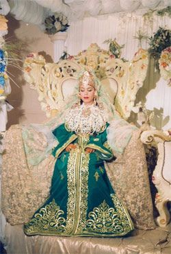 moroccan wedding customs The people of morocco, both men and women, take a great delight in weddings  marriage customs of morocco  for on the day after the wedding she is obliged to .