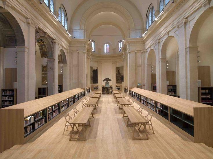 The Carisbo Foundation Library in the church of S.Giorgio in Poggiale of Bologna, Bologna, 2009 - architetto Michele De Lucchi