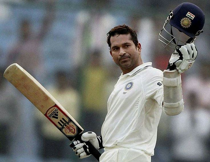 8th November, 2011: Sachin became the first player to reach 15000 Test Runs!! He achieved this feat while playing against WI at Feroz Shah Kotla, Delhi !! www.sachinist.com