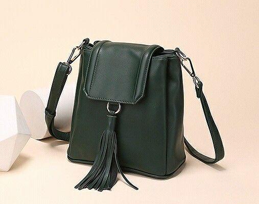 2016 Fashion Women Leather Backpacks Tassel Schoolbags For Teenagers Girls Black Travel Shoulder Bags Mochila Feminina