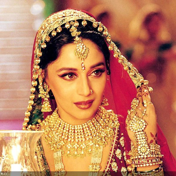 50 Beautiful Faces in Bollywood: Madhuri Dixit