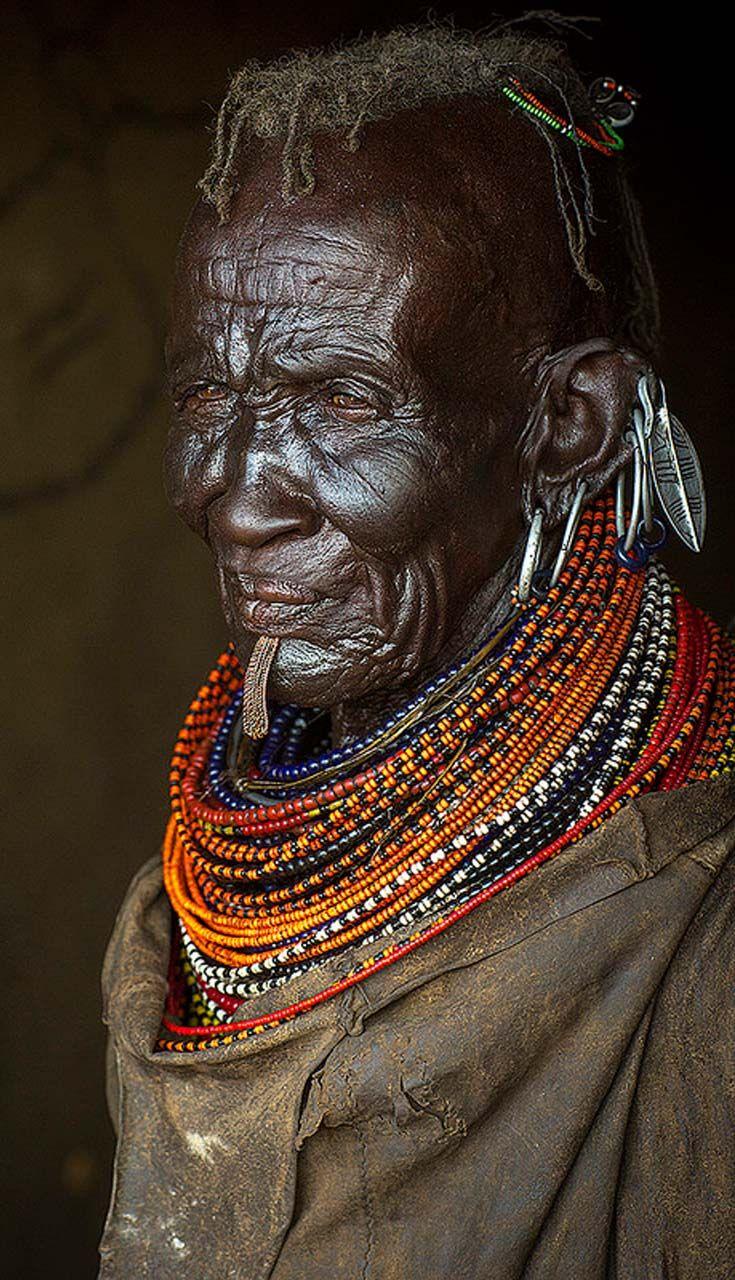 Africa   Elderly Turkana woman. Turkana Lake, Loiyangalani, Kenya.   ©Eric Lafforgue