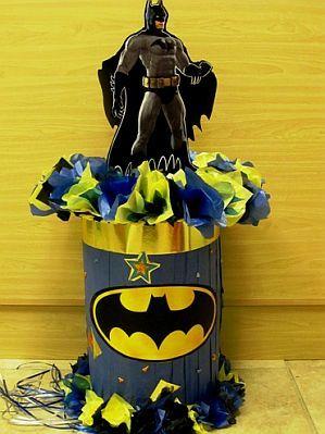Muy Ameno: Fiestas Infantiles, Decoración Batman, Centros de Mesa