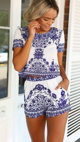 Super Cute! Love Blue + White! Blue and White Tile print Floral Short Sleeve 2-in-1 Short Set.