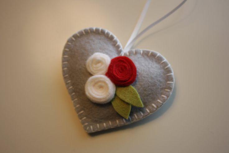Heart Felt Ornament  Roses