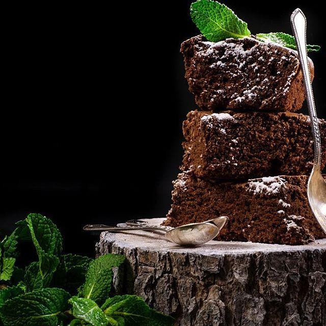 Да и брауни тоже от @barijua потрясающе вкусный. #food #foodblogger #foodphoto #foodporn #foodstagram #instafood #photographer #photography #foodphotography #foodphotographer #moscow #cake #