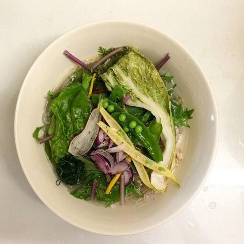 有機野菜Phonoodles有機の白菜や紫玉ねぎ・水菜など、無添加のスープでお召し上がりいただけます。#kyoto #phoי#pho#青果ミコト屋(Notta Cafe)NOTTA CAFE | 京都