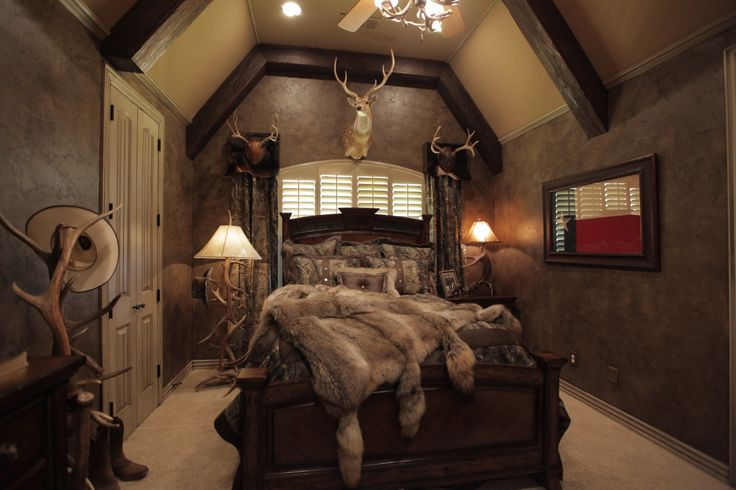 HGTV's Donna Moss gave client what he wanted, a rich, rustic,hunting lodge look.
